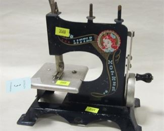 LITTLE MOTHER TOY SEWING MACHINE