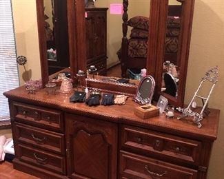 Nice dresser with trifold mirror