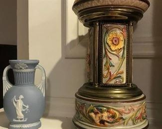Wedgwood Jasperware vase, Reuge Italian music box