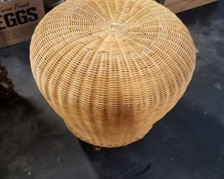 Wicker with dark wood base ottoman