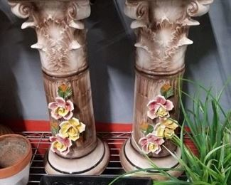 2 Capodimonte pedestals