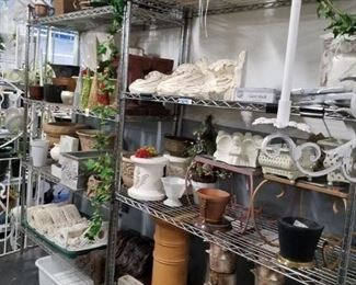 Assorted garden & floral items new & used