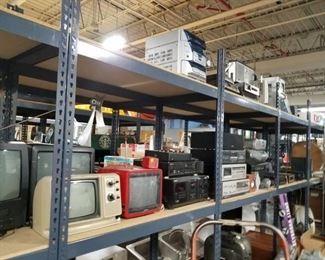 Assorted vintage electronics