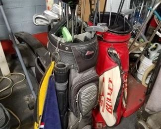 (2) Vintage golf bags & assorted clubs Calaway, Taylor Ping etc