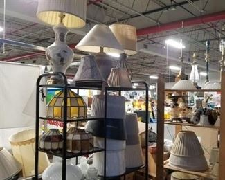 Assorted vintage lamps, replacement glass & shades