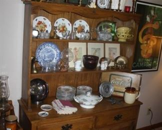 Great hutch in the  den/eating area.  Lots of smalls for you to choose from.