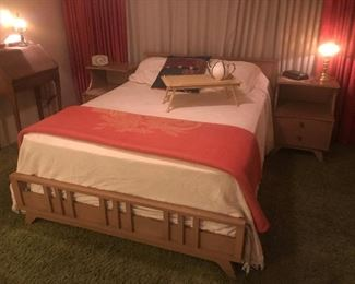 Mid-century 5 piece Bedroom set