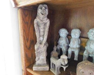 Gargoyle stone statue