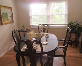 ETHAN ALLEN DINING SET WITH BREAKFRONT.  NICE SIZE FOR A SMALL DINING ROOM/AREA! CONDO SIZED!