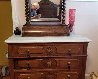 Marble top dresser w/mirror