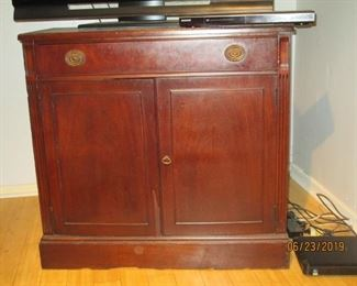 Victorian cabinet with draw over
