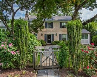 NW DC Downsizing Sale hosted by Bethesda Downsizing and Estate Sales