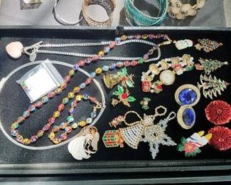 Costume jewelry. Murano necklace set