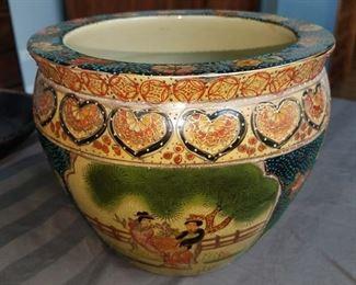 Vintage oriental pottery