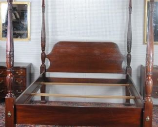 Mahogany 4 Poster Queen Wheat Bed