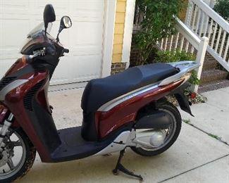 Honda SH150i 150cc Scooter
