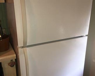 Clean, Newer, Refrigerator
