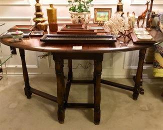 8-Leg, Double Drop-leaf Table
