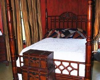 Gorgeous Lexington four poster bed