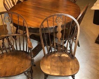 "Hale "" Windsor "" set 6 chairs leafs & pads Minty"