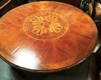 Round table with inlay top