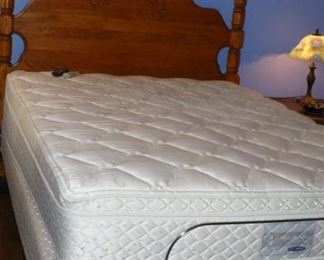 QUEEN BED WITH SLEEP NUMBER MATTRESS AND HEADBOARD, VERY NICE CONDITION