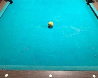 Pool 🎱 table!
