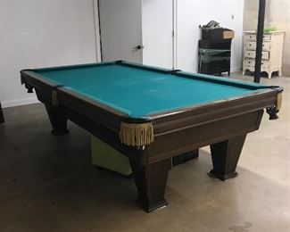 Pool Table with Acessories