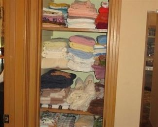 more bath towels and cloths