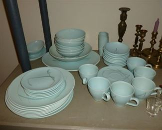 beautiful vintage set of Russell Wright
