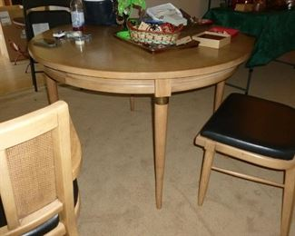 Retro table & 4 chairs (only 2 shown)