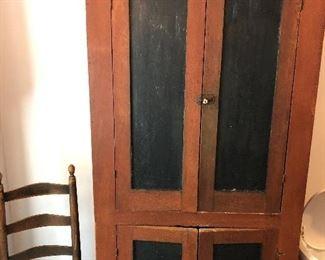 Primitive cabinet attributed to Walton Co., Ga.