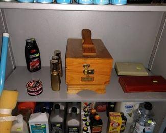 Garage:  Shoe Shine Kit