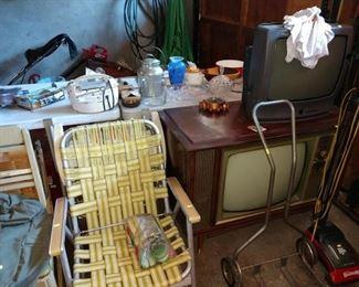Garage:  Lawn Chair