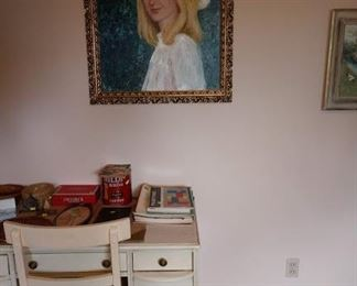 2nd Bedroom Left:   Oil Painting