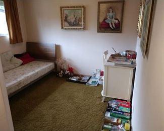 2nd Bedroom Left: