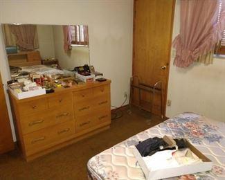 3rd Bedroom, Straight Back: