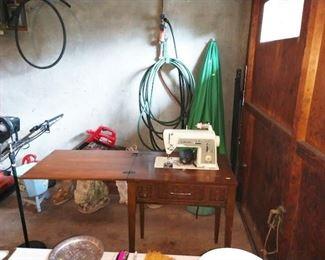 Garage:  Singer Sewing Machine