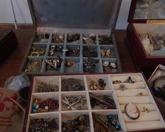 Costume jewelry, antique silver. Some gold!