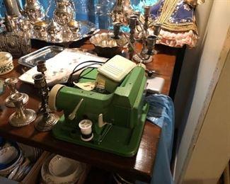 Baby Blindstitch CM-606 Sewing Machine