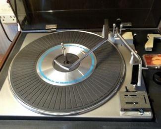 RCA Turntable
