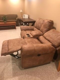 LIKE NEW ELECTRIC RECLINING TWO SEAT WITH CUP HOLDERS
