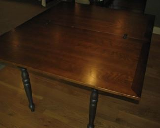 flip top table, opened