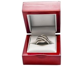 13. Womens Sterling Silver Cocktail Ring wStones