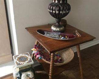 Gloden Oak End Table