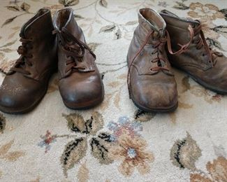 VINTAGE -TURN-OF -THE -CENTURY- BABY SHOES