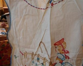 VINTAGE CHILDRENS EMBROIDERED SMOCK,,,,,SO CUTE!!!