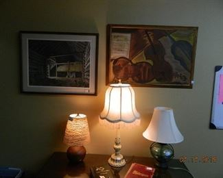 lamps and wall art