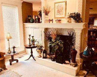 Mersman Parlor / Side / End Tables (Dark Wood Circular w/ Brass Claw Feet) High Quality Ranchview Decor