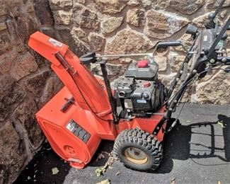 Ariens Deluxe 28 Snow Blower